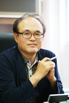 Doo-Hwan Bae