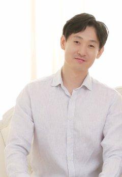 Sungjae Hwang