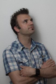 Tom Dinkelaker
