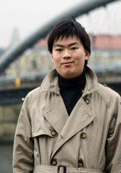 Zhen Yu Ding